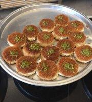 Rokun Al Knafeh Sweets