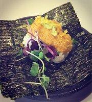 Takumi Sushi, Ramen&Lounge