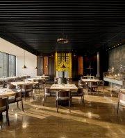 PHÉNIX eatery & bar