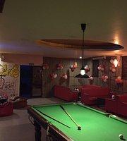 V2 Cafe Lounge