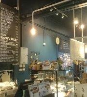 Nob Cafe