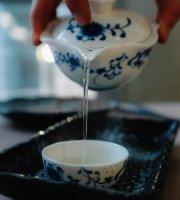 MOMO Dumpling + Tea