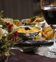 Indian House Culinaria Indiana & Bar