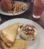 Puckett's Gro. & Restaurant