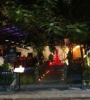 Solitaire Khmer Restaurant