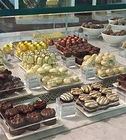 Godiva Chocolate Cafe
