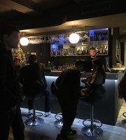 Hayat Shisha & Lounge Bar