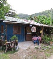 Le petit cabane de Marlène Ladouce
