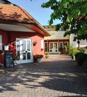 Gasthof-Hotel Teuschler-Mogg