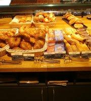Backmarkt Bistro & Shop