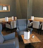 Claridge's Cafe