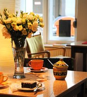ostPost Cafe