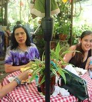 Mommy's Garden Cafe