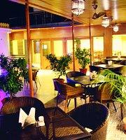 H R Palace Restaurant