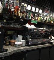 Cafe Minhoto