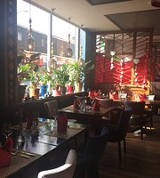 Bua Luang Thai Restaurant & Wine Bar