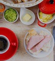 Cafe Pergamino - Bistro