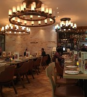 Berliner German Bar and Restaurant Tuen Mun Branch