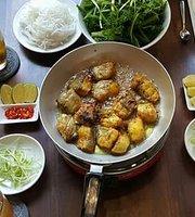 Cha Ca Dong Kinh Restaurant