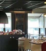 Le Restaurant Campanile Tarbes