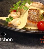 Toppo's Bar & Kitchen
