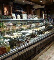 Peabody Deli & Desserts