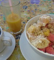 Bluemoon Cafe