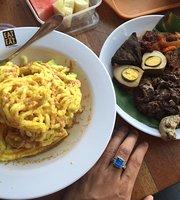Eat and Eat Kota Kasablanka