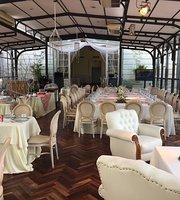 Salon de Te del Hotel del Prado