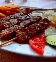 Giannis Restaurant