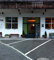 Fravia Bar & Bistro