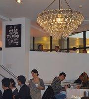 Le Cafe De Jules