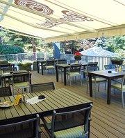 Restaurant U Majaku