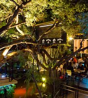 Rakau Garden Bar