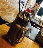 Vanille Haus Confeitaria & Cafe