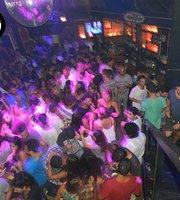 Santino Bar