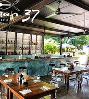 Mar 37 Mariscos & Bar