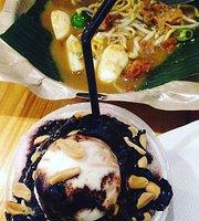 Cupchai Cafe & Resto
