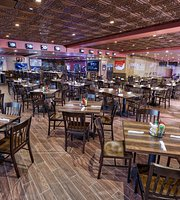 ‪Drafts Sports Bar & Grill‬