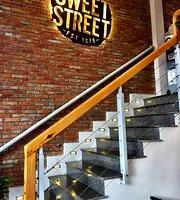 Cafe Sweet Street
