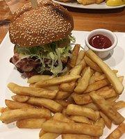 Hogans Cafe & Bar Restaurant