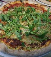 Pizzeria Mythos