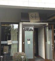 Solo Restaurant & bar