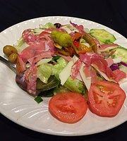 Picano's Restaurant & Lounge