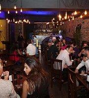Lennon Gastro Pub