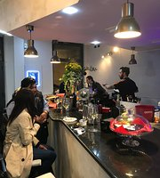 planet cafe,lounge bar,retaurant