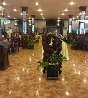 Lucky Angkor Restaurant