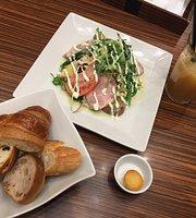 Maison Kayser Cafe Marunouchi