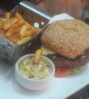 Touch n' Taste Restaurant & Lounge