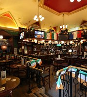 Scholars Lounge Irish Pub